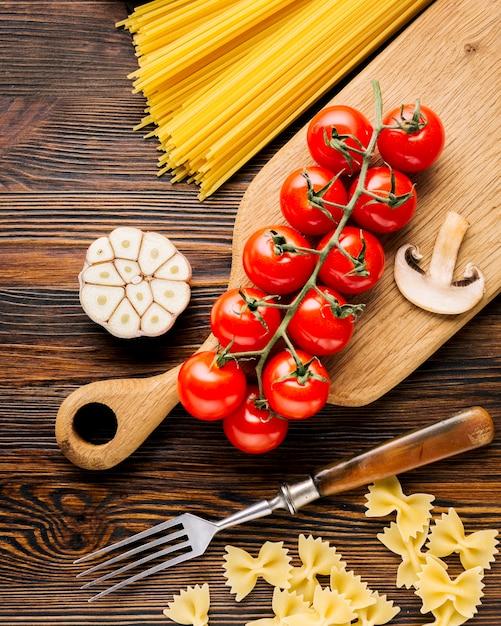 Flat lay composition of italian food Free Photo