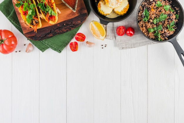 Flat lay composition of mexican food with copyspace Free Photo
