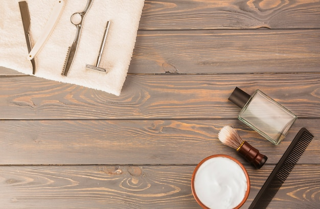 Flat lay composition of shaving objects Free Photo