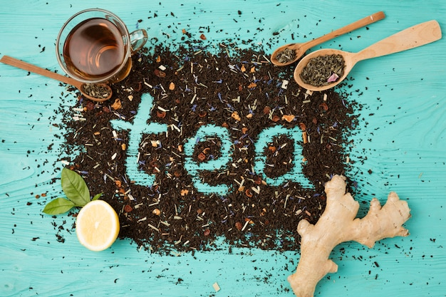 Flat lay composition of tea leaves Free Photo