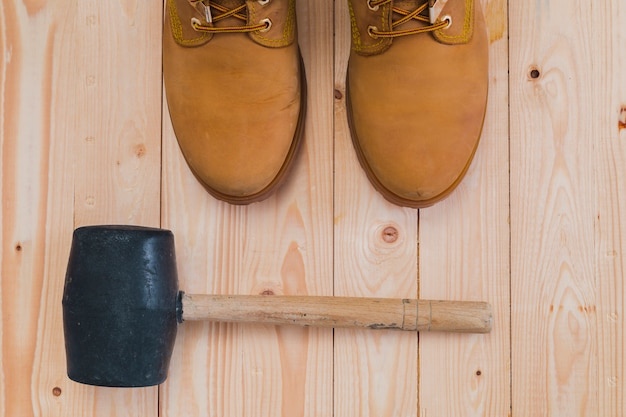 Flat lay composition of tools Free Photo
