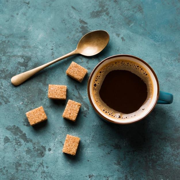 Assortimento di caffè creativo piatto Foto Gratuite