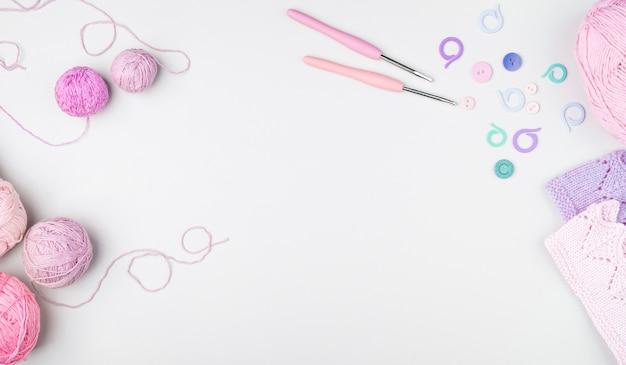 Flat lay of crocheting supplies Free Photo