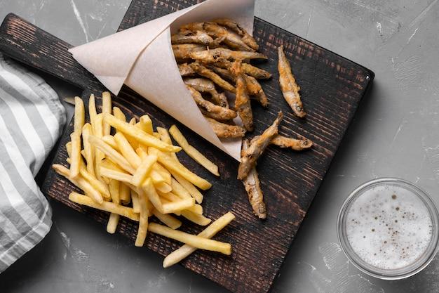 Piatto di laici deliziosi fish and chips concept Foto Gratuite