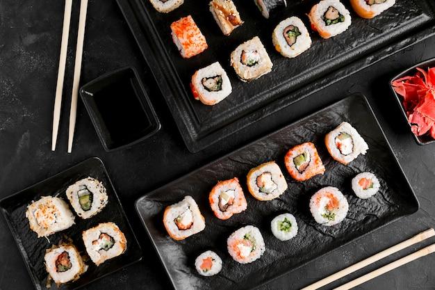 Delizioso sushi piatto Foto Gratuite