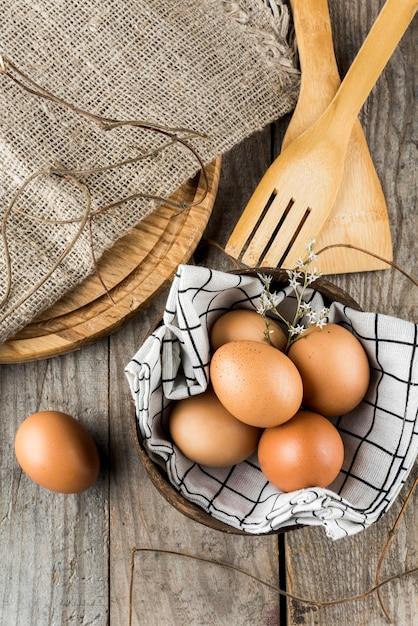 ボウルアレンジのフラット産卵 無料写真