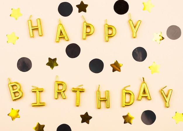 Candele di buon compleanno eleganti piatte Foto Gratuite
