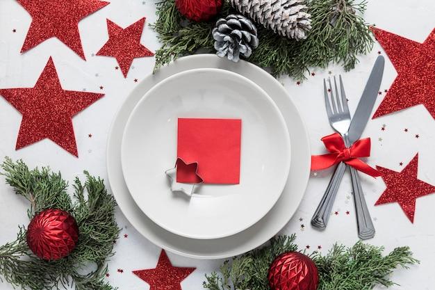 Плоская планировка праздничного рождественского стола Бесплатные Фотографии