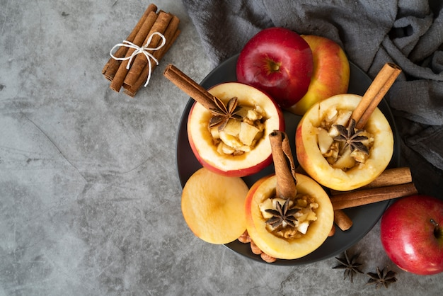 Flat lay frame with apples and copy-space Free Photo
