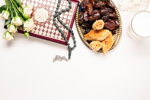 Flat lay middle east traditional decoration Free Photo