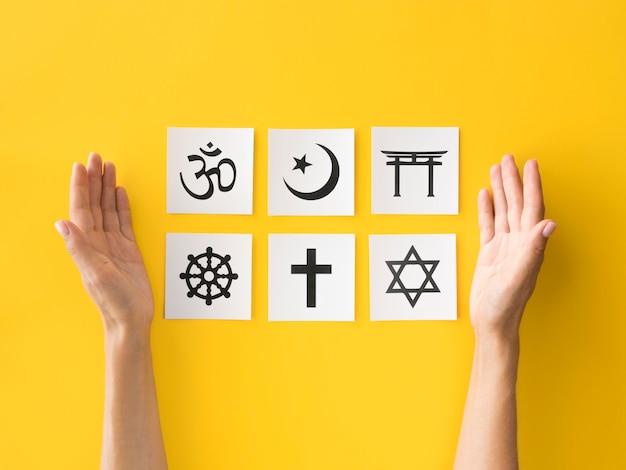 Плоская планировка религиозных символов Бесплатные Фотографии