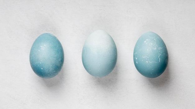 Плоская планировка из трех пасхальных яиц Бесплатные Фотографии