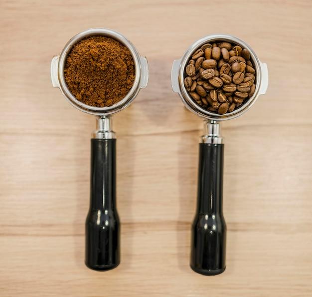 Плоская планировка двух чашек кофе-машины Бесплатные Фотографии