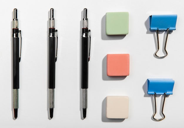 Flat lay office accessories knolling concept Free Photo