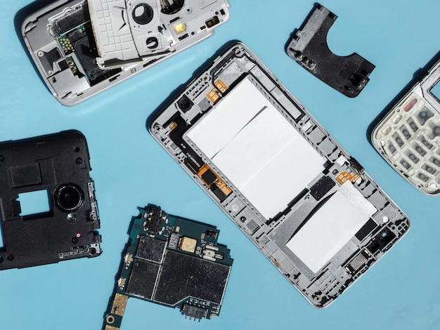 Flat lay of phones components Free Photo