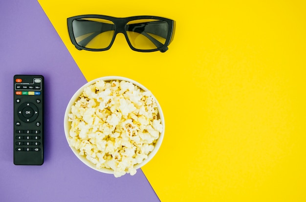 Flat lay of popcorn for cinema concept Free Photo