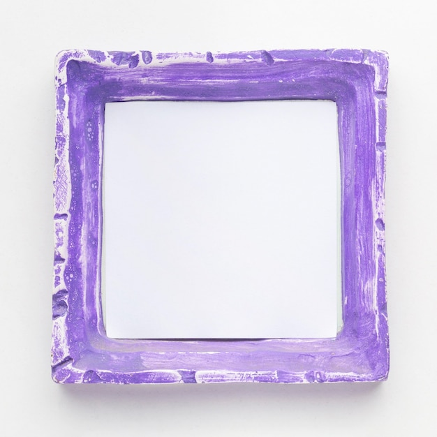 Flat lay of purple frame concept with copy space Free Photo
