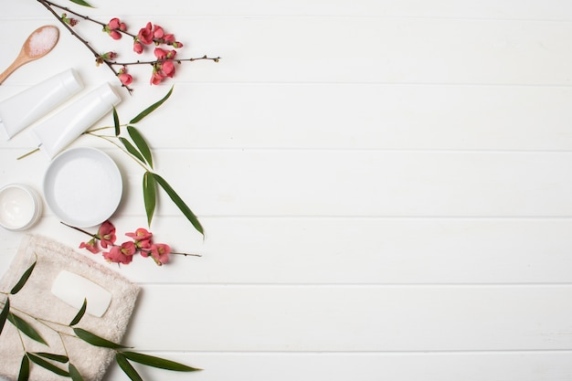 Flat lay spa arrangement with copy-space Free Photo