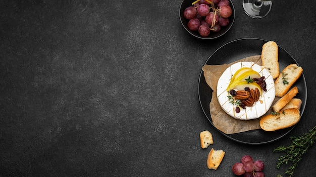 Flat lay tasty local food assortment with copy space Free Photo