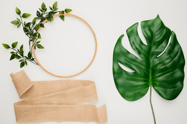 Flat lay wedding composition with ring Free Photo