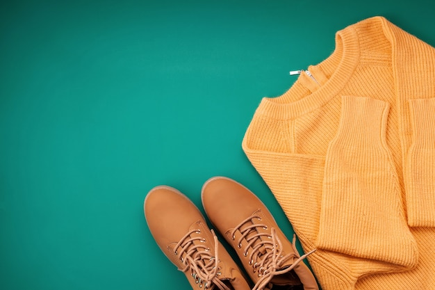 Flat lay with comfort warm outfit for cold weather. Premium Photo
