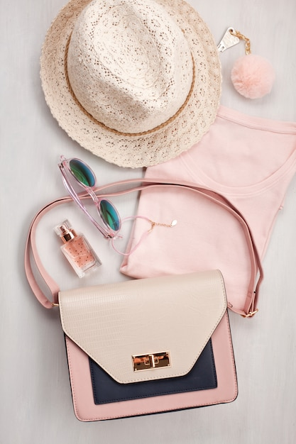 Flat lay with women accessories. fashion and shopping concept Premium Photo