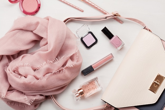 Flat lay with women accessories Premium Photo