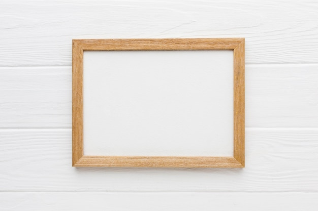 Flat lay of wooden frame with copy space Free Photo