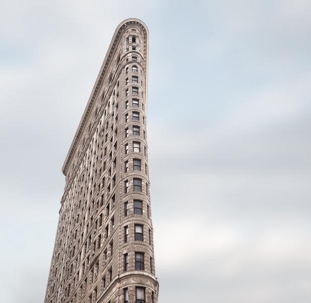 ニューヨークのフラットアイアンビル Premium写真