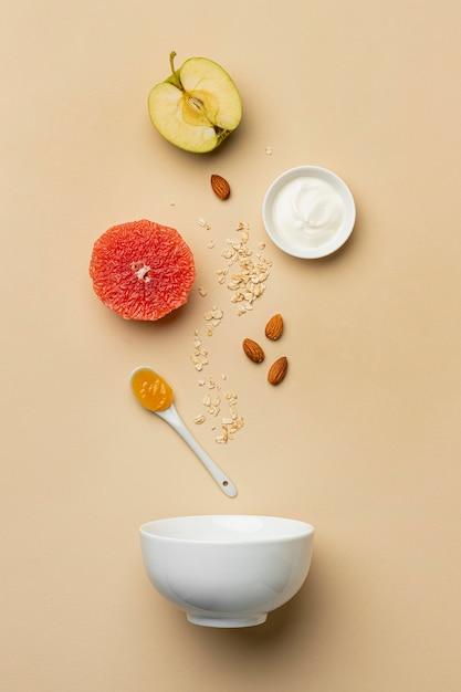 フルーツアレンジメントを伴う準菜食主義 無料写真