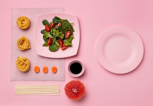 Dieta flessibile con disposizione dell'insalata Foto Gratuite
