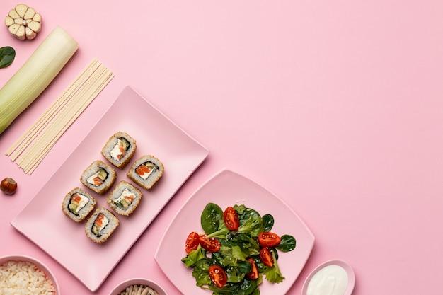 Dieta flessibile con cornice piatta per insalata Foto Gratuite