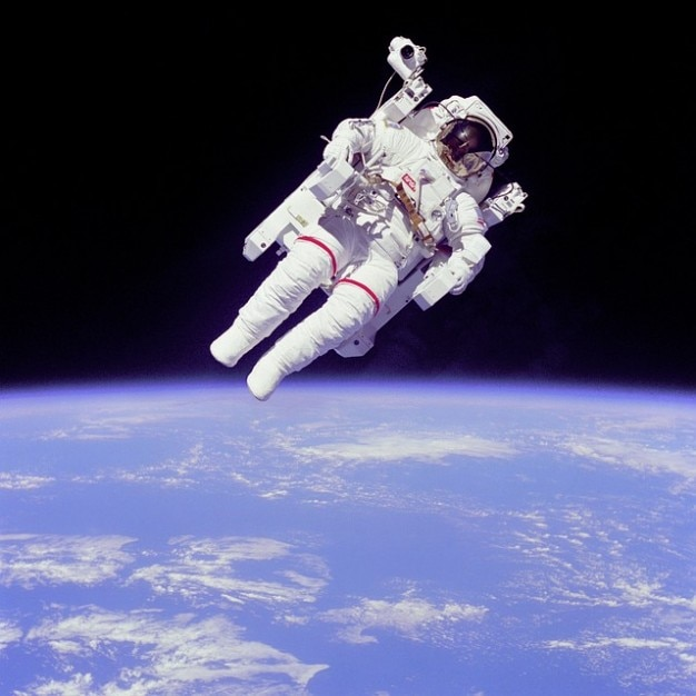 Float weightless mccandless astronaut bruce Free Photo