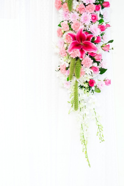 Flowers archway Premium Photo