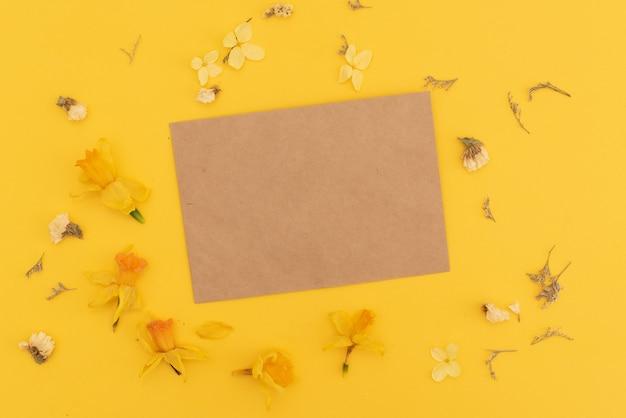 Flowers in envelope Premium Photo