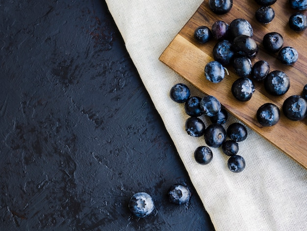Food composition with blueberries Free Photo