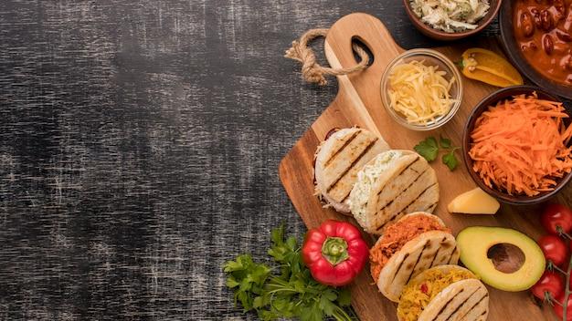 Рамка для еды с копией пространства сверху Бесплатные Фотографии