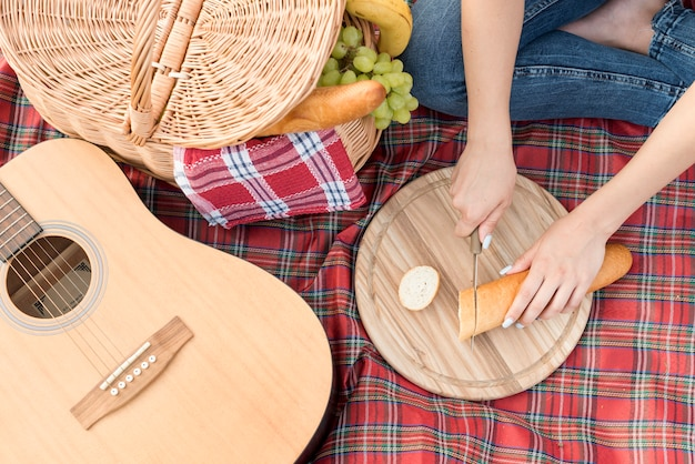 Food on a picnic blanket Free Photo
