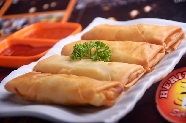 Food spring rolls from indonesia Premium Photo