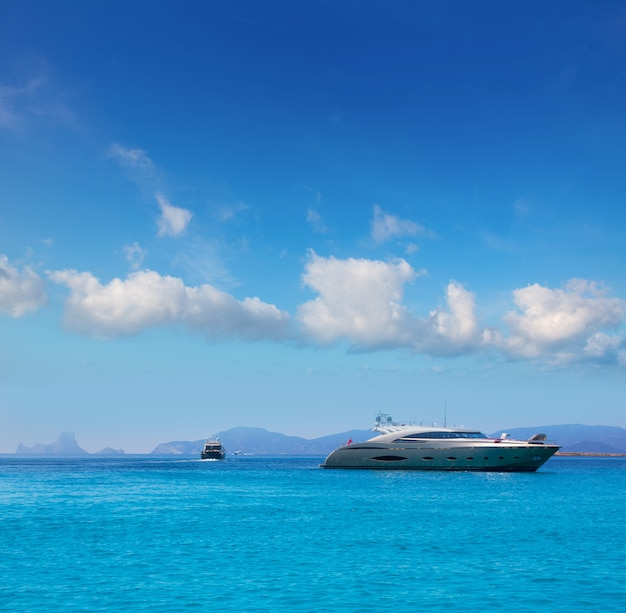 Formentera boats with ibiza es vedra balearic Premium Photo
