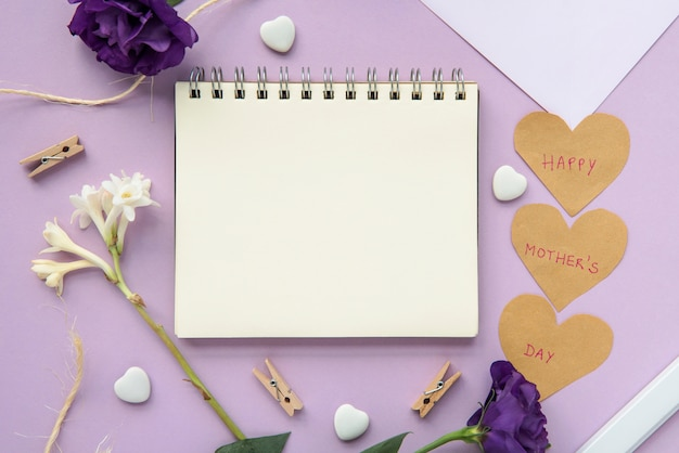 Frame notebook for happy mother`s day Free Photo