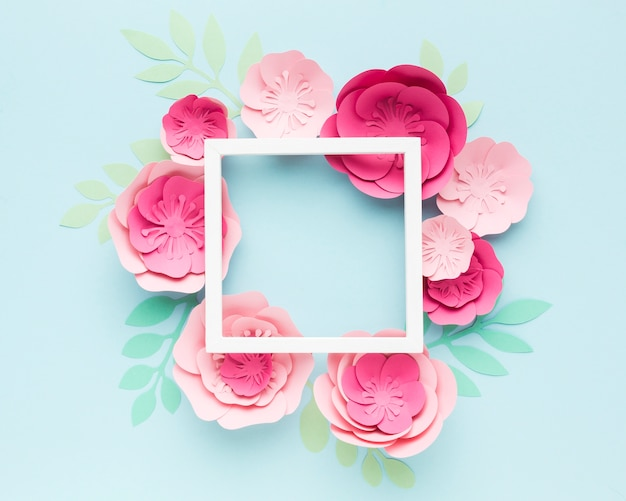 Frame with floral paper ornament Free Photo