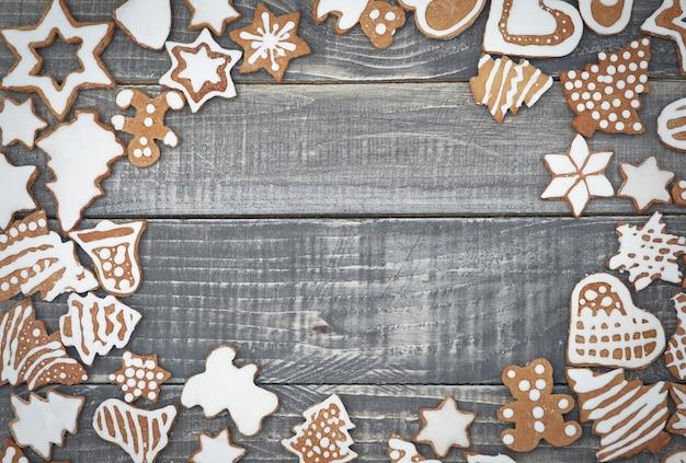 Cornice in legno di panpepato Foto Gratuite