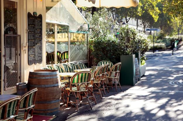 French restaurant scene, paris france, sidewalk cafe Free Photo