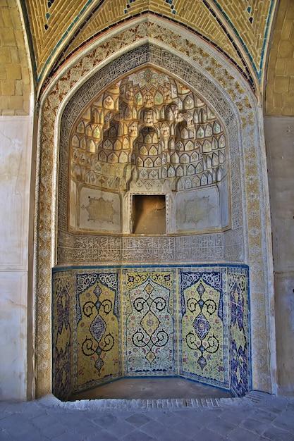 Frescos in the mosque of kashan city iran Premium Photo