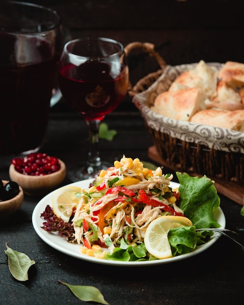 Fresh chicken salad with vegetables Free Photo