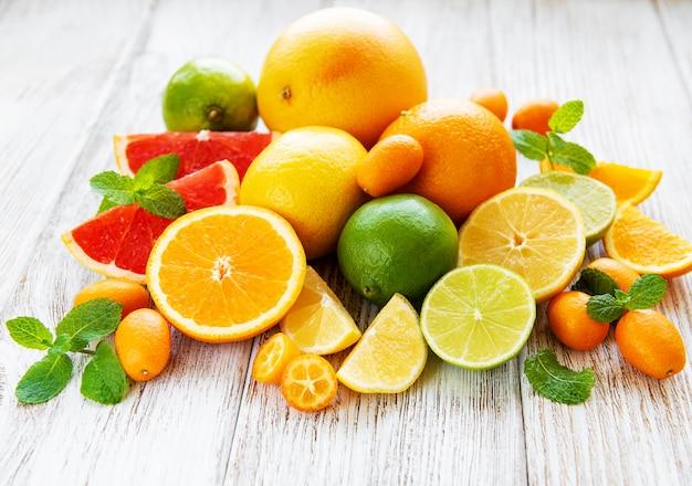 Fresh citrus fruits Premium Photo