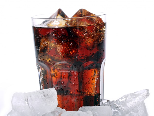 Fresh cola drink in glass Free Photo