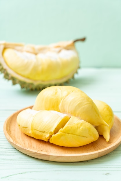 Fresh durian fruit Premium Photo