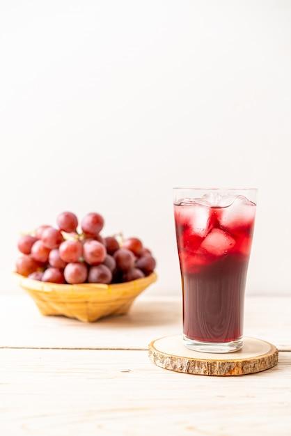 Свежий виноградный сок Premium Фотографии